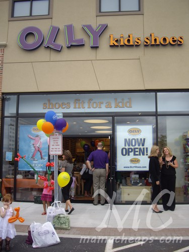 Olly Shoes: Shoes Fit for a Kid (Philly Mom Blogger Event in