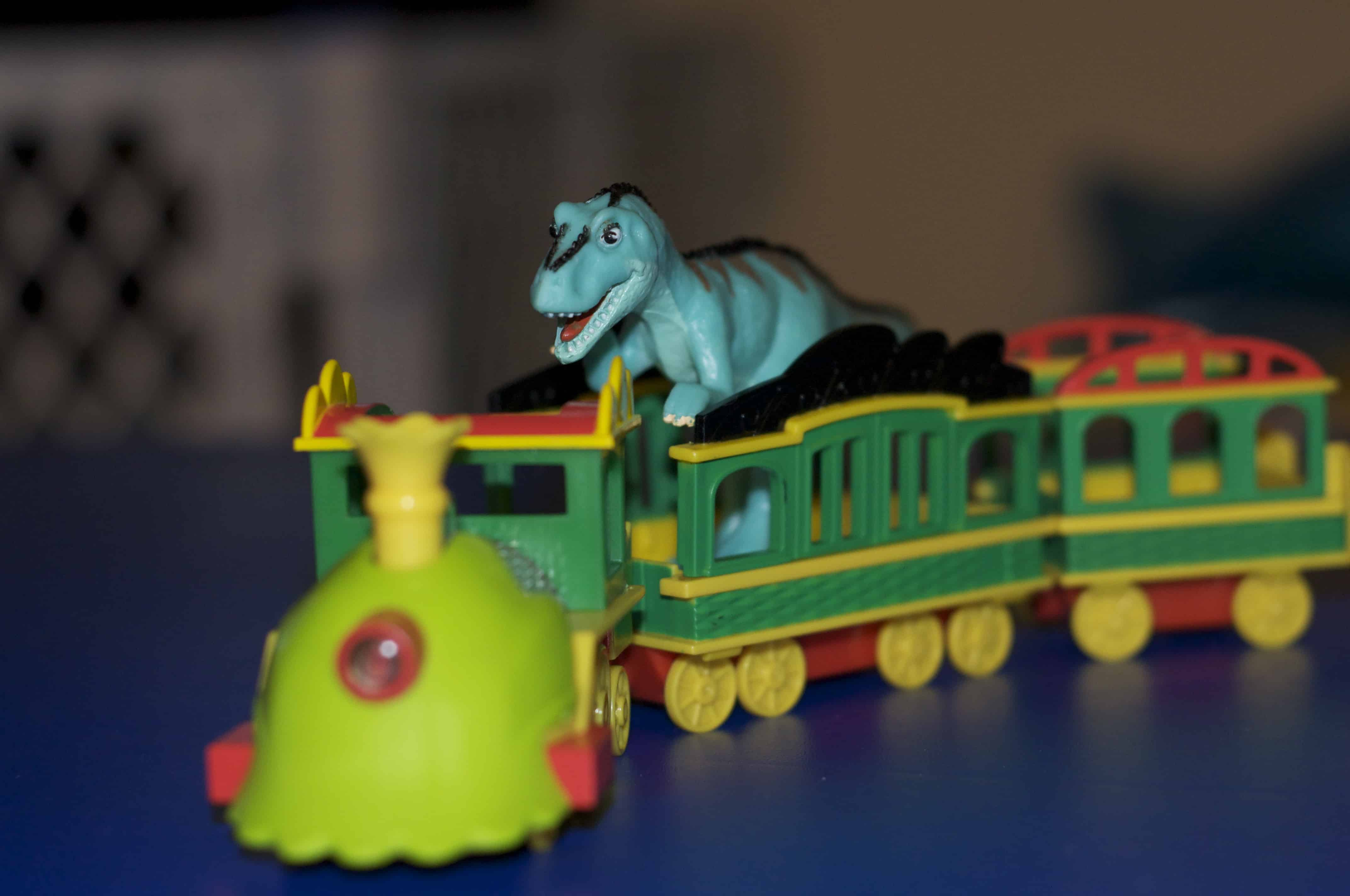 Walmart Dinosaur Toys : Dinosaur train lights and sounds review giveaway