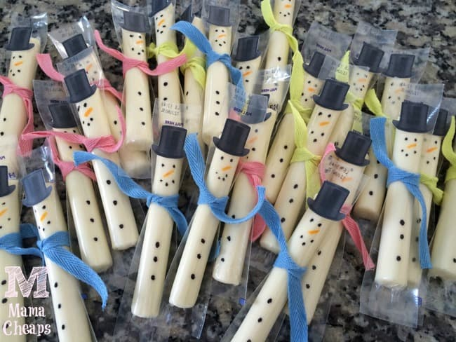 snowman string cheese stick