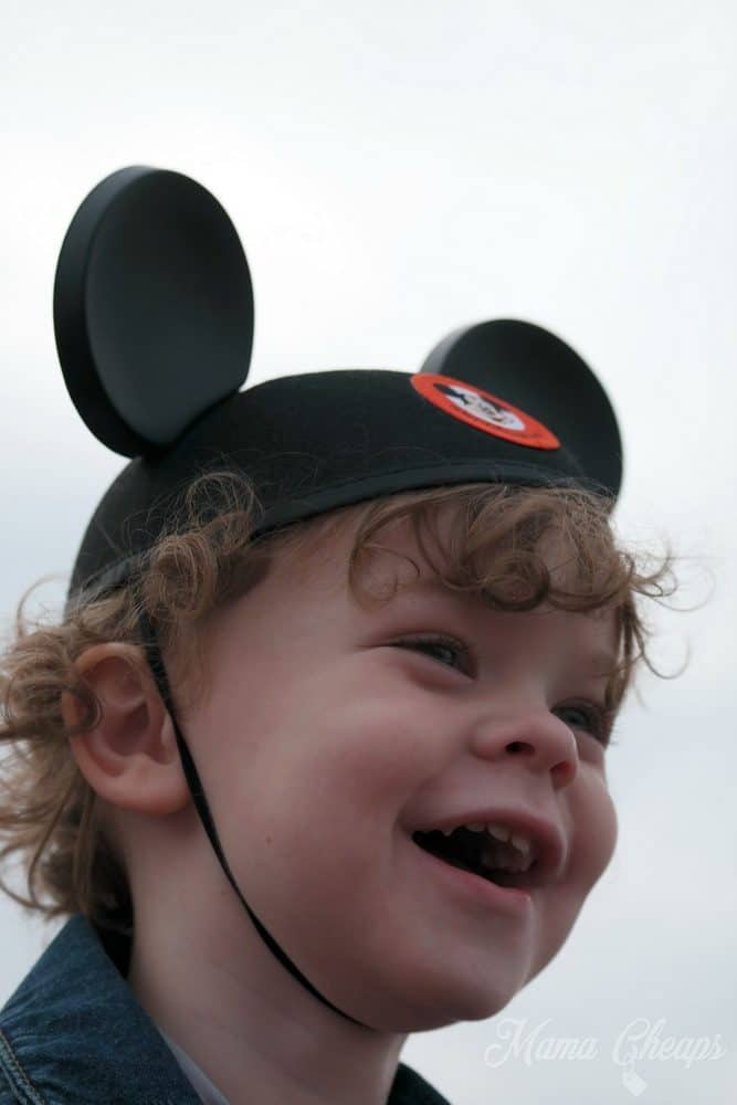 Kid Sees Mickey Mouse