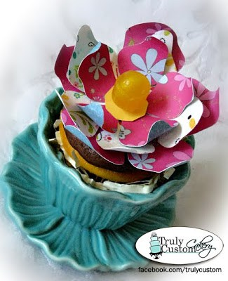 cupcake flower pot teal
