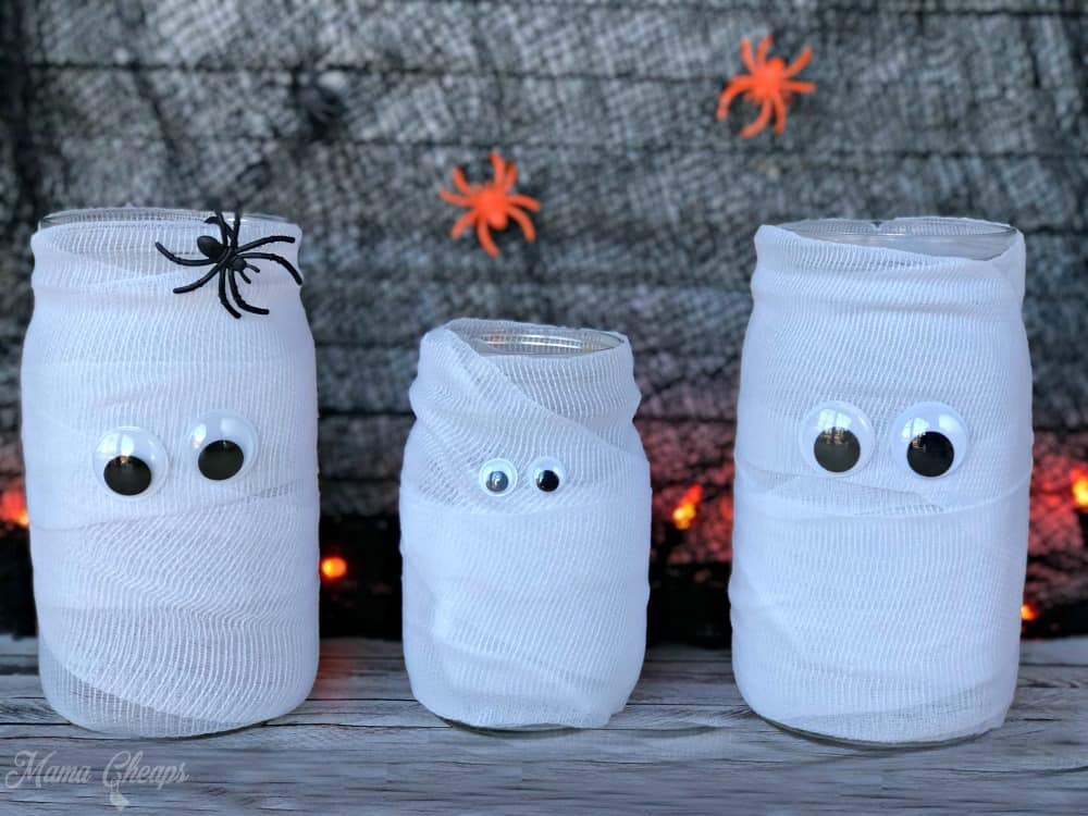 Easy DIY Mason Jar Mummies