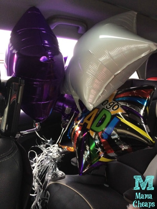 balloons in car