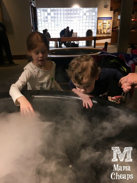 Kids at Montshire Museum