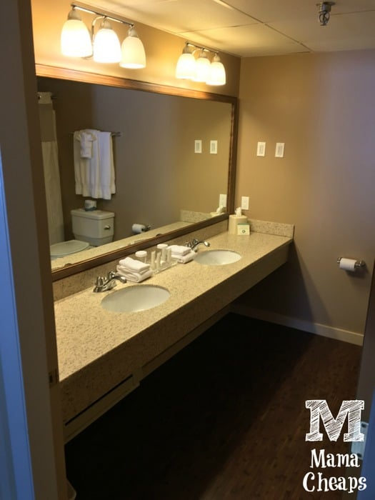 Lake Morey Resort Terrace Room Bathroom
