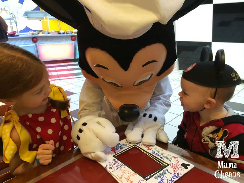 Kids with Mickey at Chef Mickeys