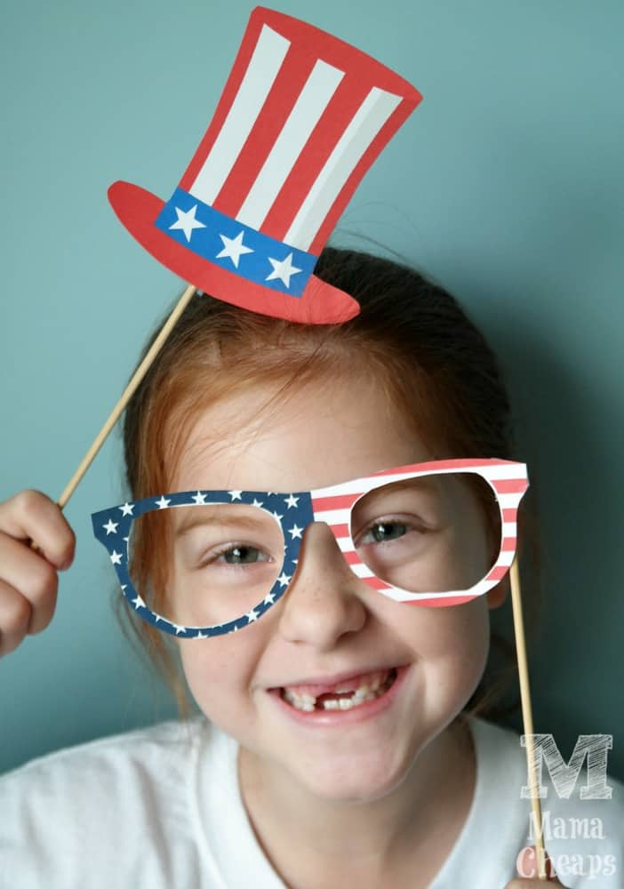 Lily with Patriotic Photo Booth Props