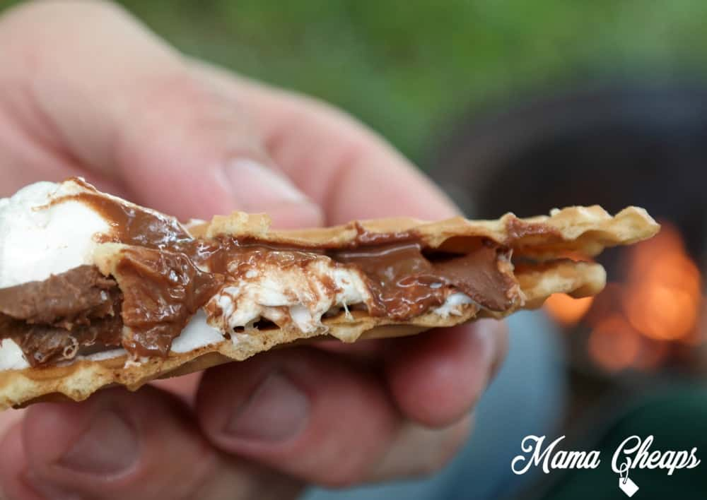 Pizzelle Cookie Smore