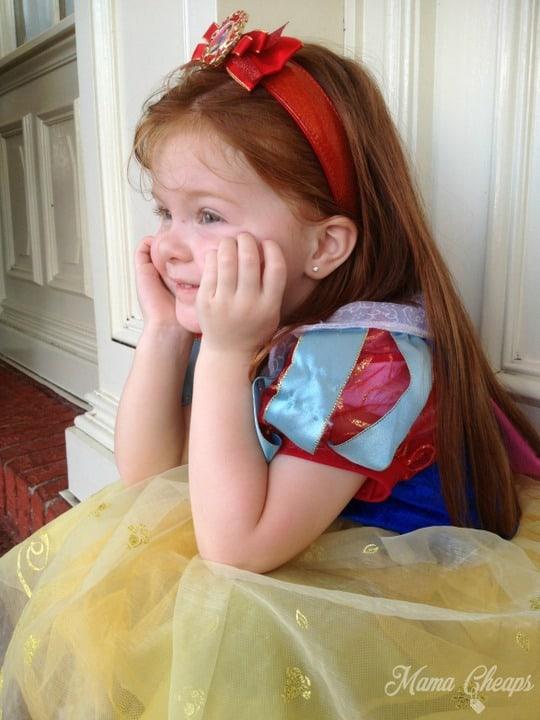 Lily Snow White Magic Kingdom