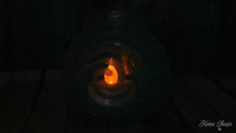 Heart of Te Fiti Jar in Dark