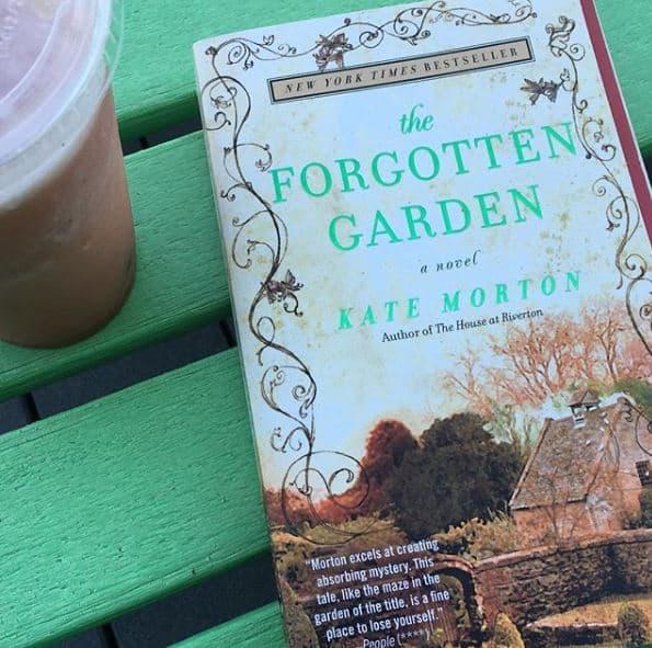the forgotten garden book morton