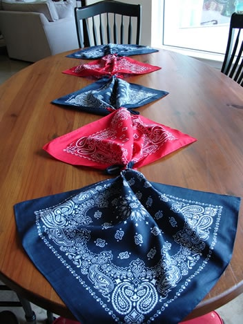 banadana table runner