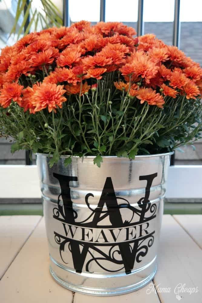 Fall mum bucket with monogram