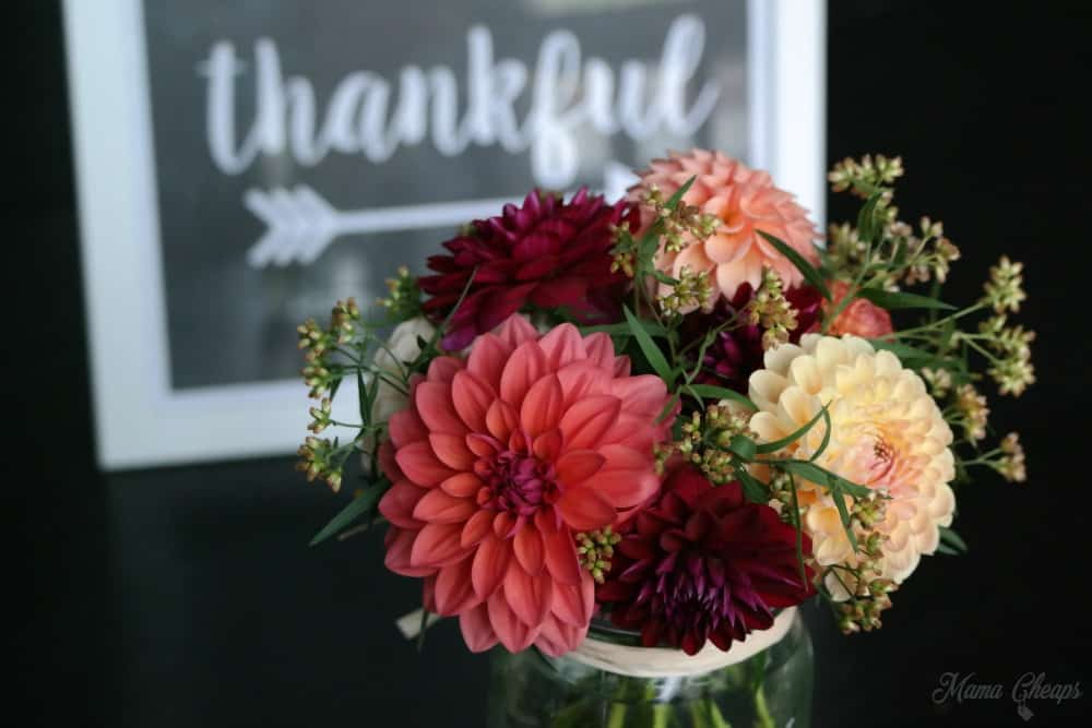 Fall Flowers and Thankful Sign