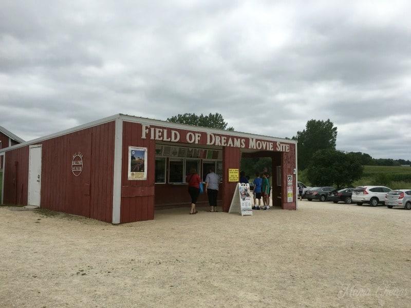 Field of Dreams Souvenir Stand