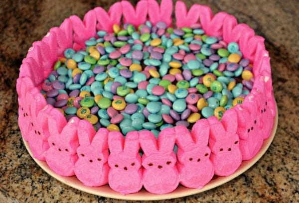 easter candy cake peeps