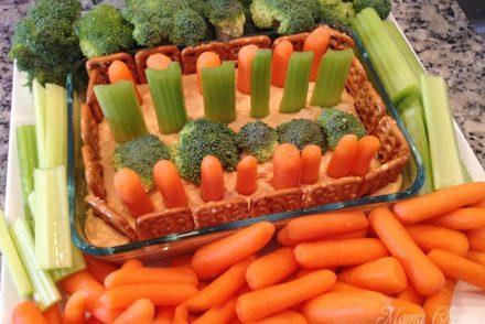 Easy Veggie Hummus Garden