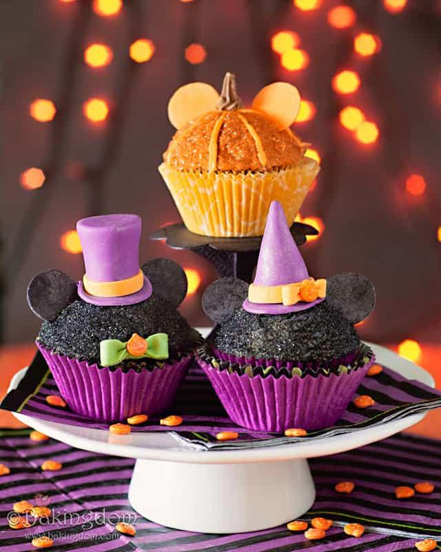 Mickey-Not-So-Scary-Halloween-Cupcakes-by-Bakingdom