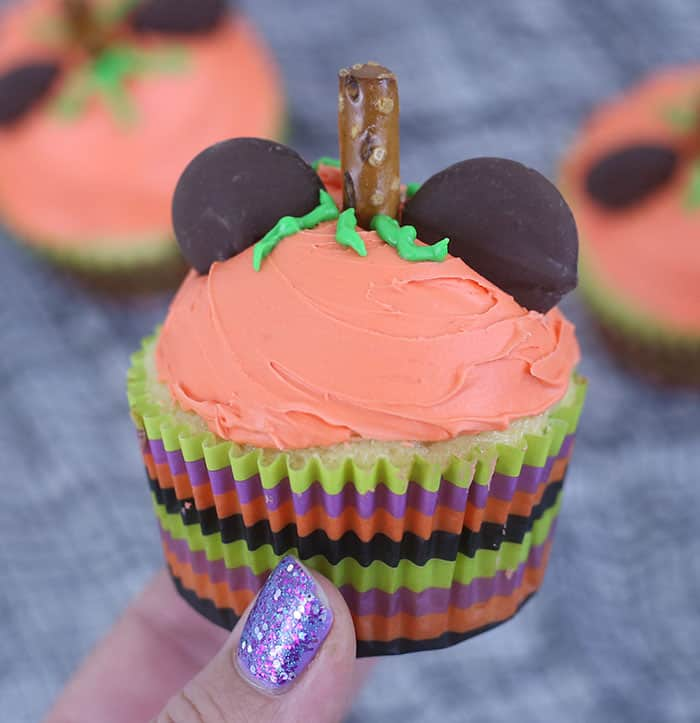 Mickey Pumpkin Cupcakes