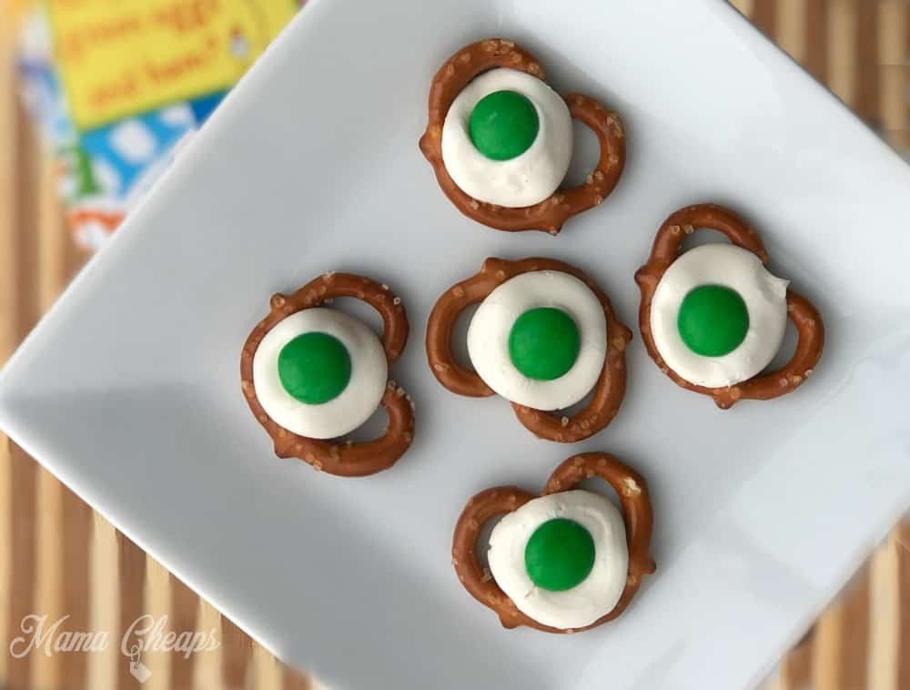 b9dacf0b Green Eggs Pretzel Bites - Easy Dr Seuss Snack Idea | Mama Cheaps