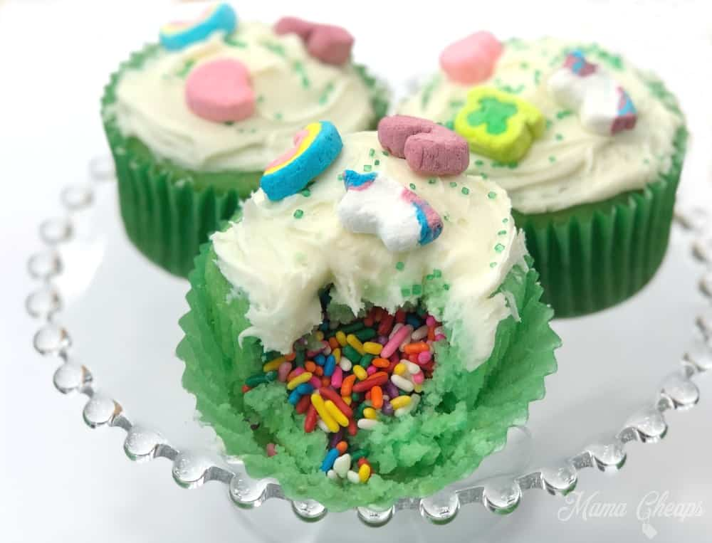 Lucky Charms Cupcakes Surprise