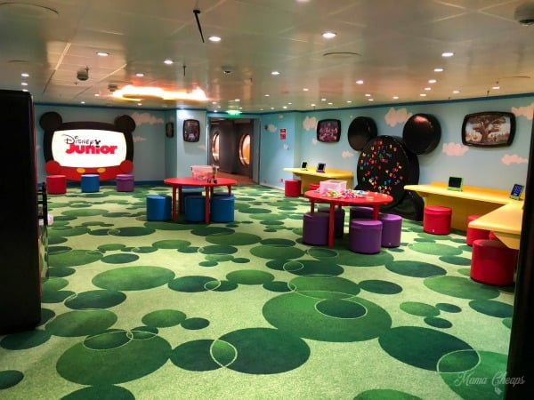 Oceaneers Club Disney Junior