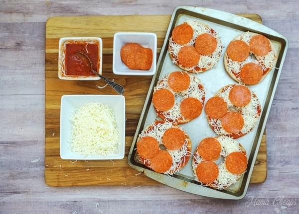 Baking Pizza Bagels