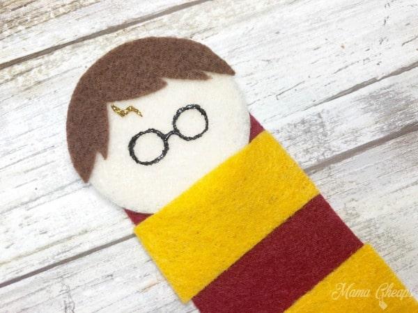 DIY Felt Harry Potter Bookmark