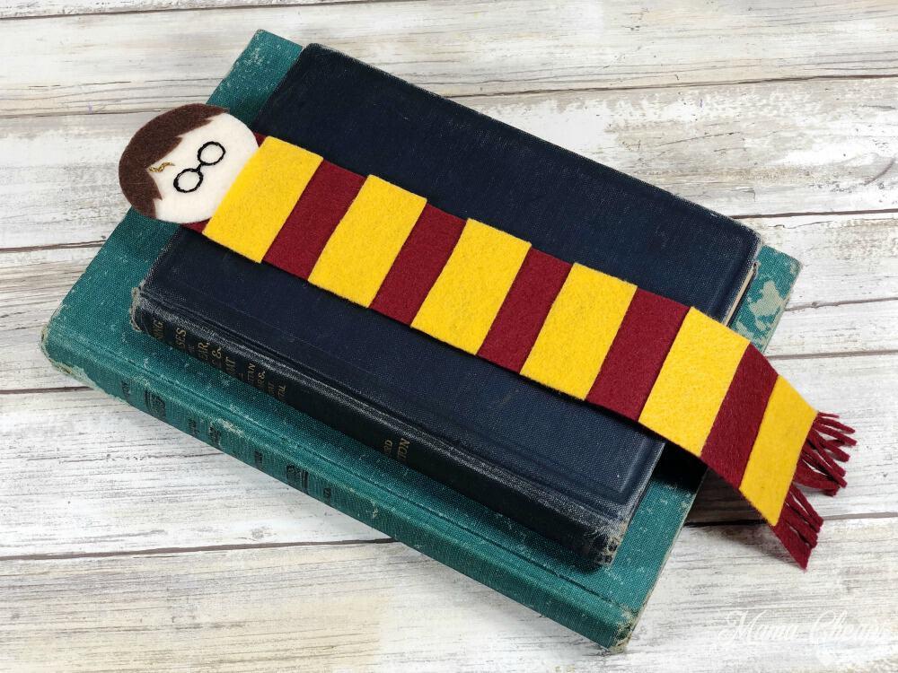 DIY Harry Potter Bookmarks