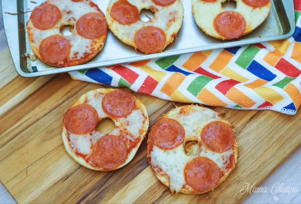 Easy Pepperoni Bagel Pizza