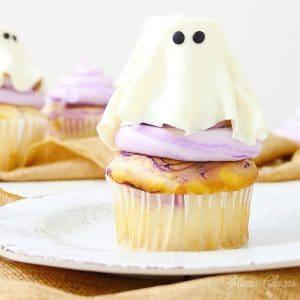 fondant ghost cupcakes