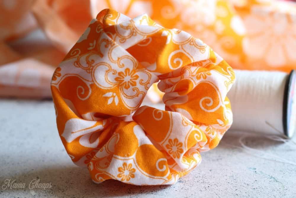 DIY homemade scrunchie