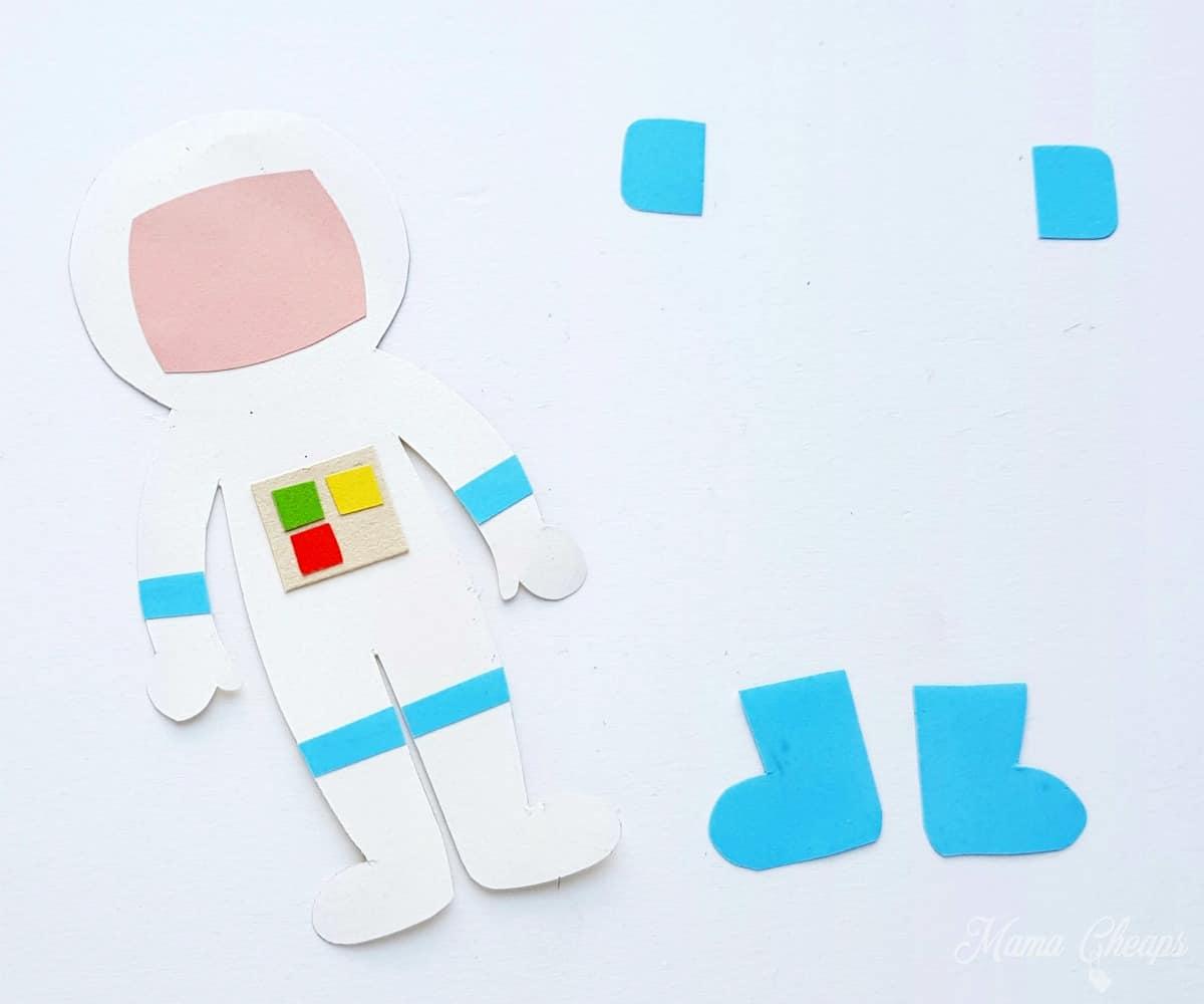 Astronaut puppet step 4