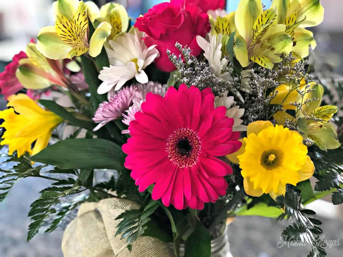 anniversary flower bouquet