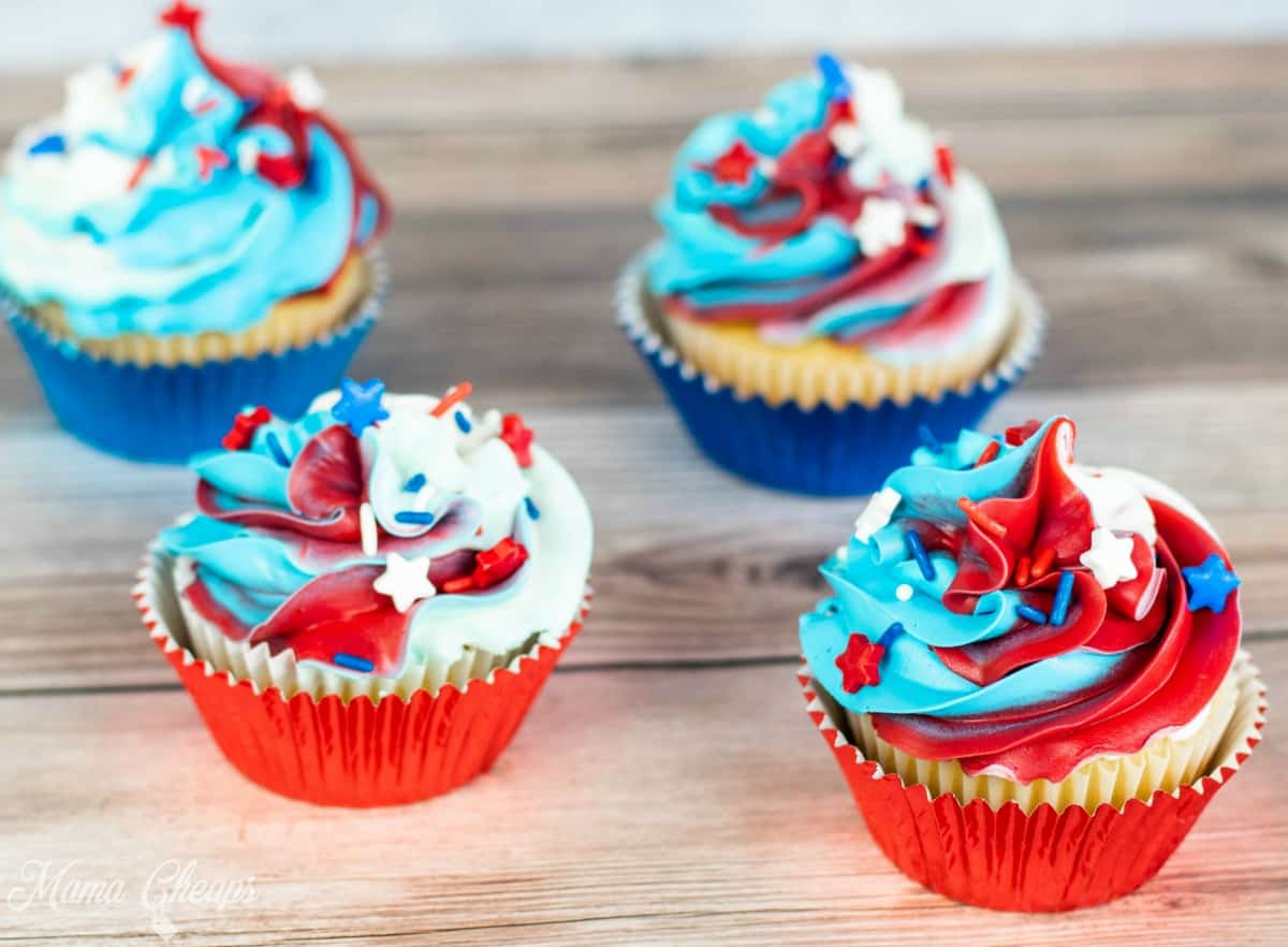 4th of July Cupcakes 1