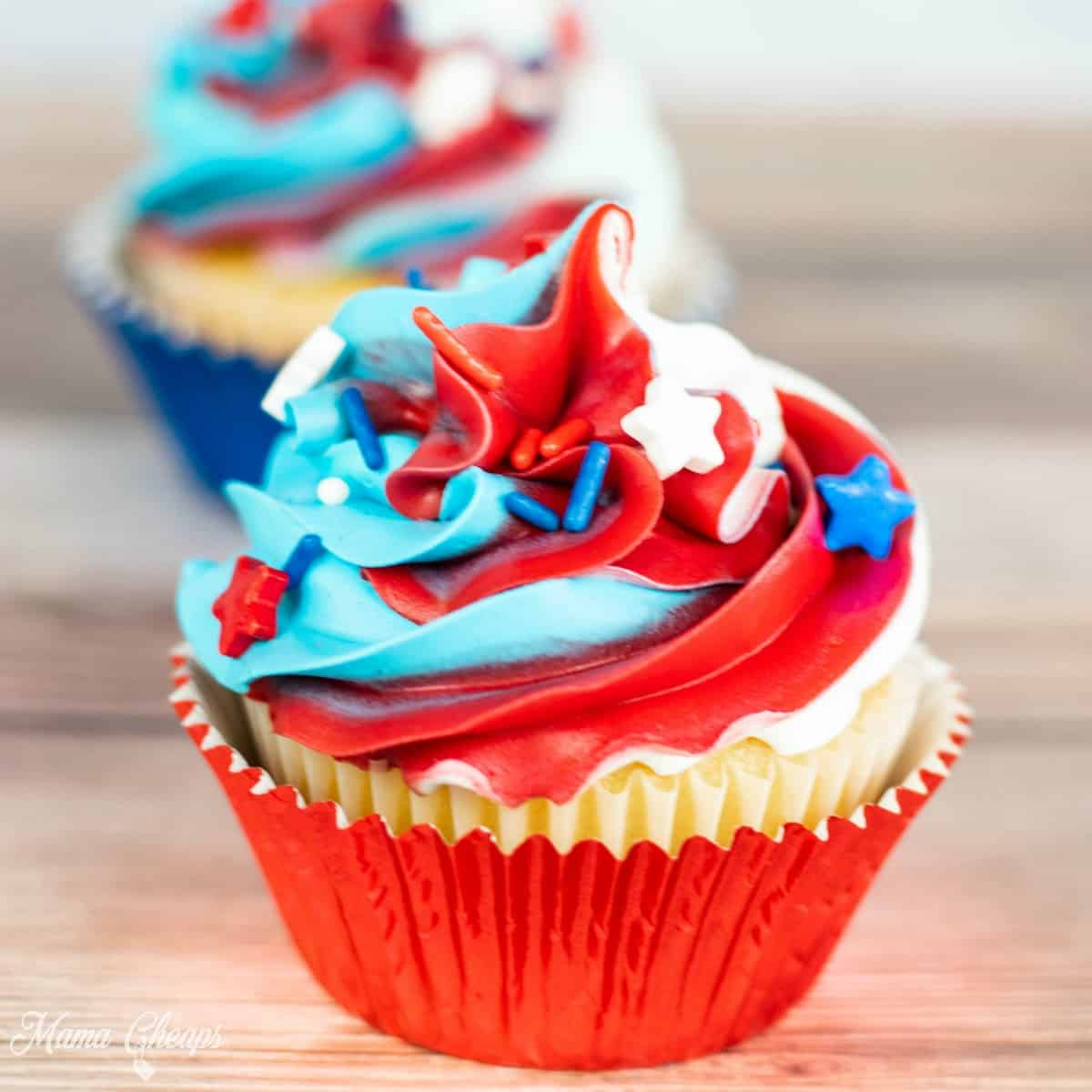 4th of July Cupcakes 2 SQUARE