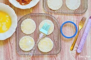 egg wash on pie crusts