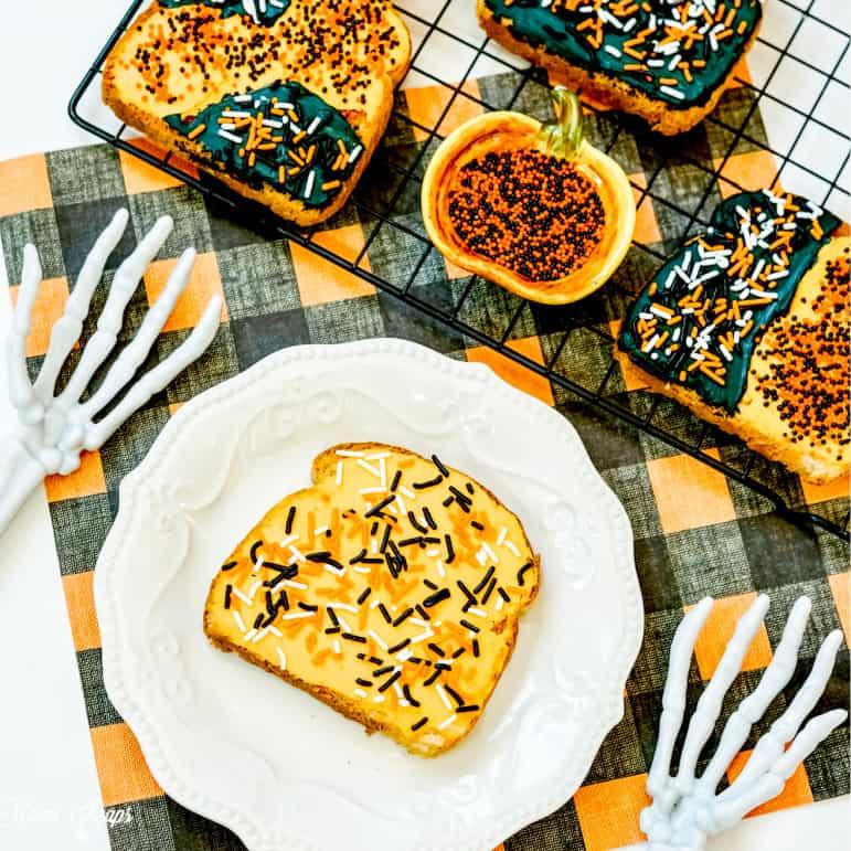 Halloween Toast SQUARE 2