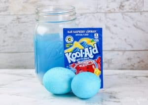 Kool Aid Dyed Easter Eggs BLUE RASPBERRY LEMONADE